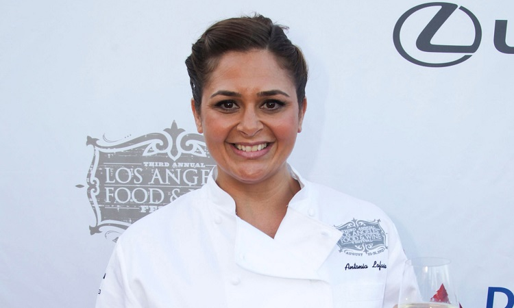meet chef antonia lofaso know his age career daughter xea myers wife net worth clivehealth https www clivehealth com meet chef antonia lofaso know his age career daughter xea myers wife net worth